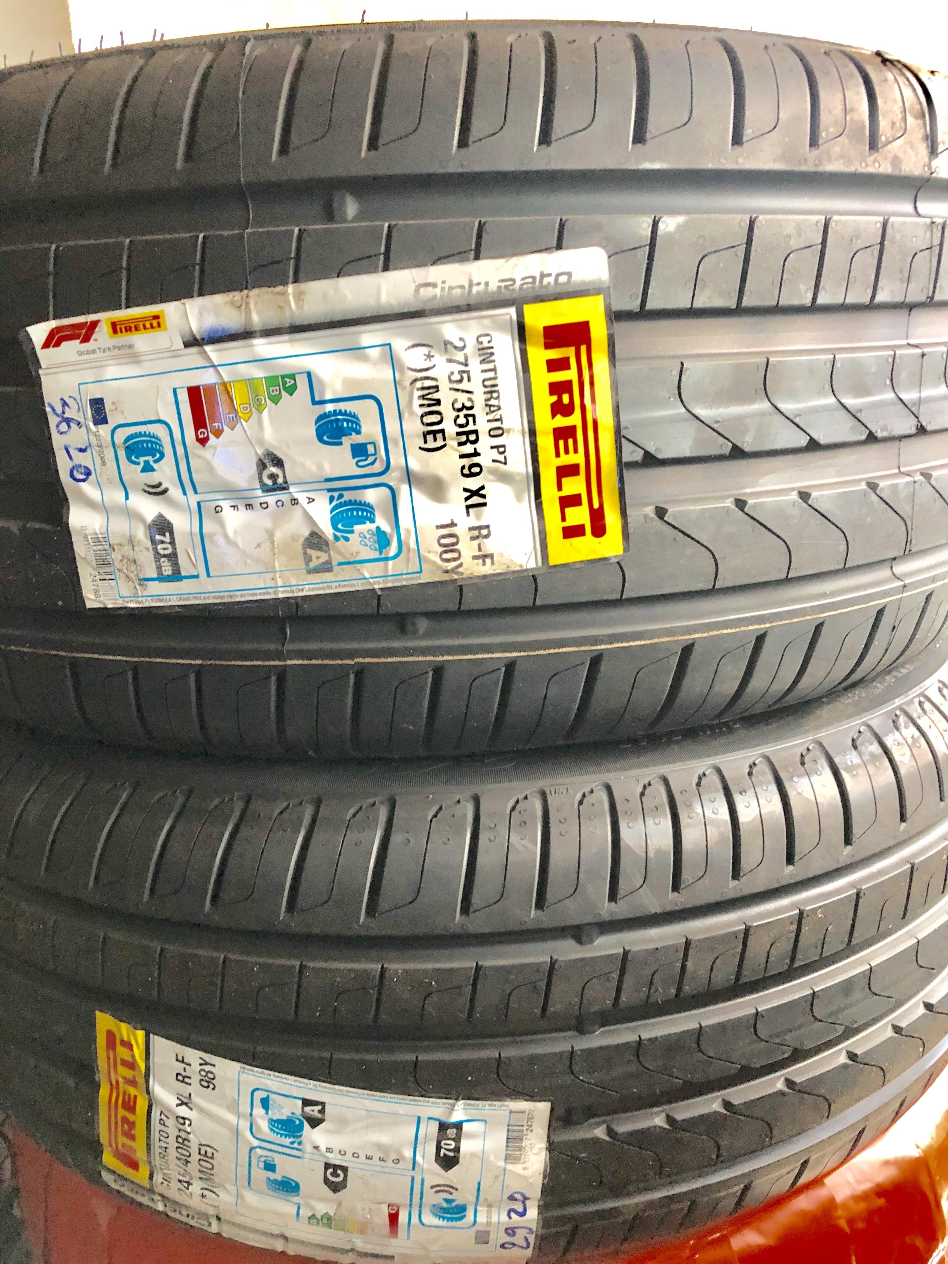 Lốp Pirelli 275/35/19 chống xịt ( Lốp xe Mer E)